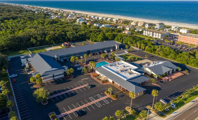 Days Inn And Suites Amelia Island At The Beach