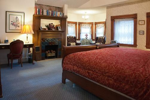 Castle Marne Bed & Breakfast - Denver - King-Schlafzimmer
