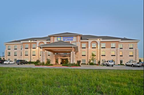 Best Western Plus Christopher Inn & Suites - Forney - Gebäude