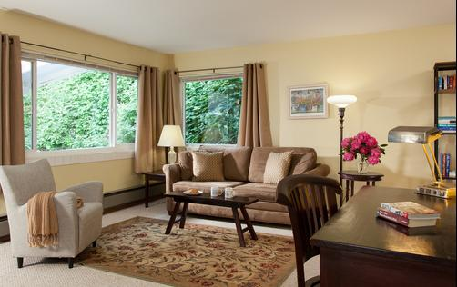 Chambered Nautilus Bed and Breakfast Inn - Seattle