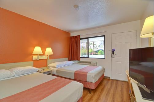 Motel 6 Palm Springs E East Palm Canyon - Palm Springs - Doppelzimmer