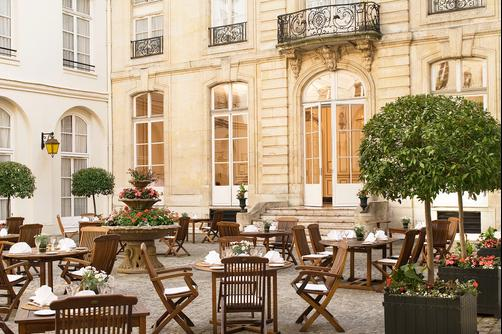 Saint James Albany Paris Hotel Spa - Paris - Innenhof
