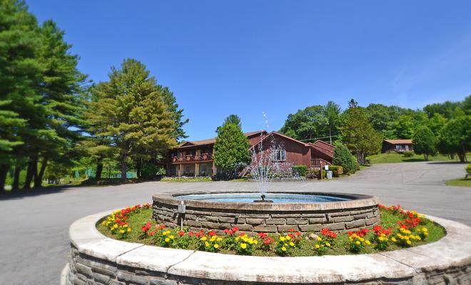 Roaring Brook Ranch Resort & Conference Center