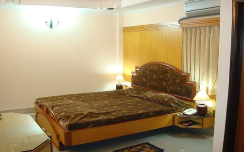 Saraswati Retreat - Bhubaneshwar - Bett