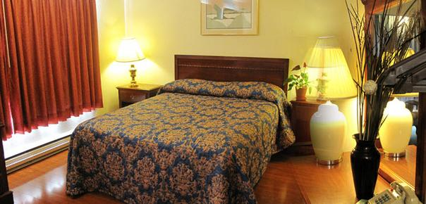 Flagstone Motel - Port Angeles - Bett
