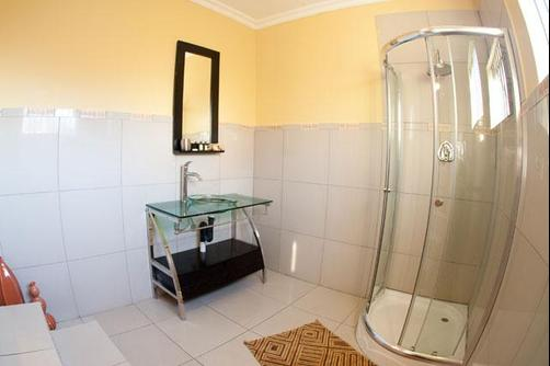 Countryview Executive Guest House - Midrand - Bad