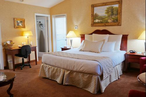 Grass Valley Courtyard Suites - Grass Valley - Schlafzimmer