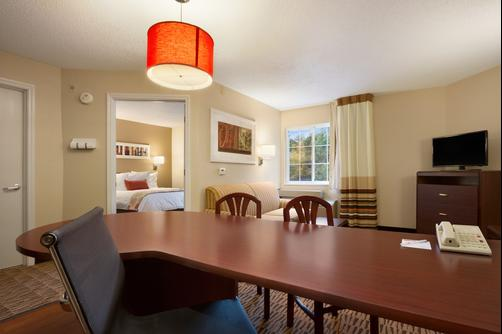 Hawthorn Suites by Wyndham Denver Tech Center - Centennial - Schlafzimmer
